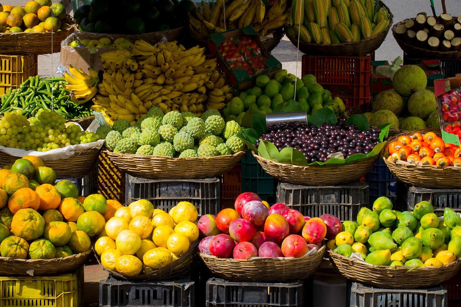 Have fruits & fresh vegetables;Fitness tips | CureMantra